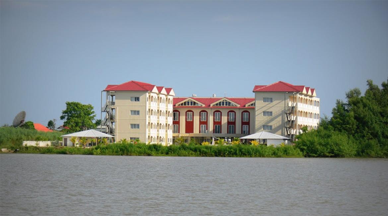 RCR Zorghotel Suriname